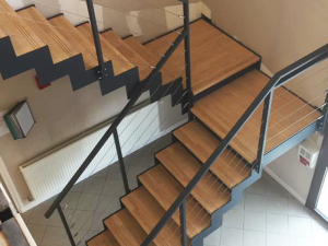 Escalier design avec palier